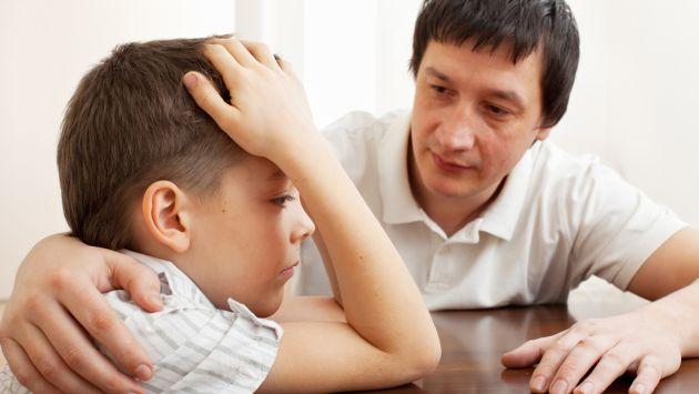 Resultado de imagen para padre hablando con su hijo