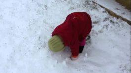 Bebe en la nieve