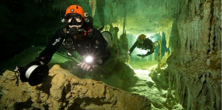 Cueva subacuatica