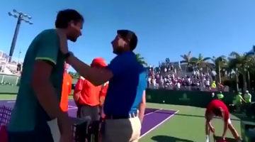 Pela entre tenistas