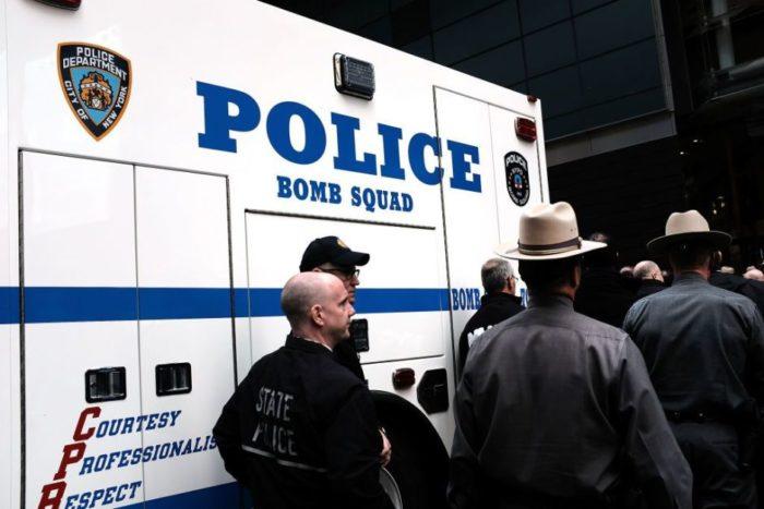 Paquetes bomba enviados a demócratas salieron desde Florida