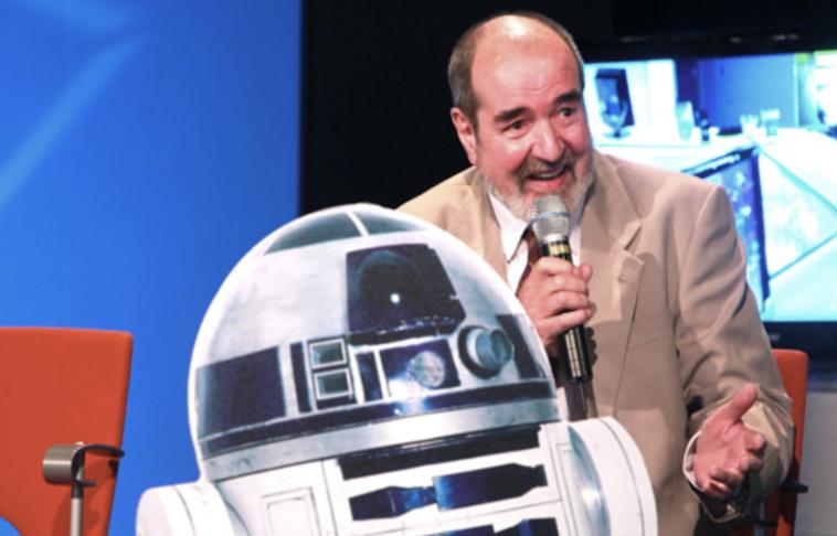 Hallan muerto al creador del robot R2D2 de Star Wars