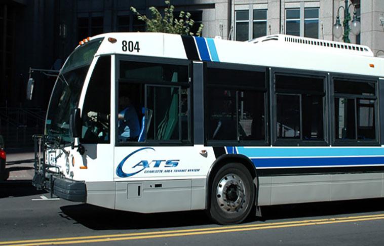 Cambio de rutas en buses por cierre de calles en Charlotte