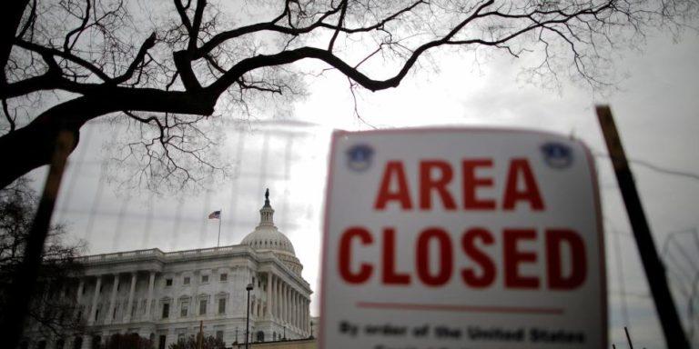 Acuerdo para reabrir presupuesto temporal en EE. UU.