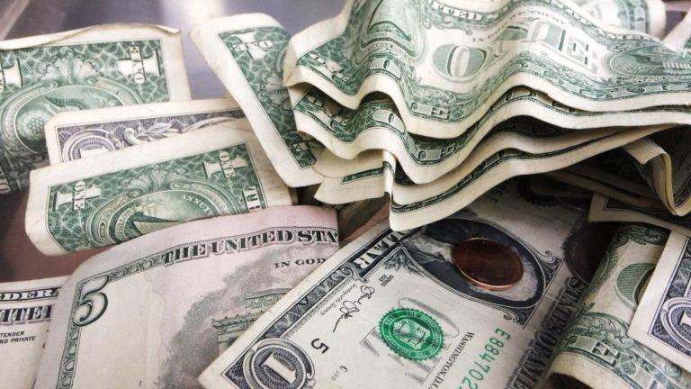 $ 500 dólares mensuales a familias en línea de pobreza