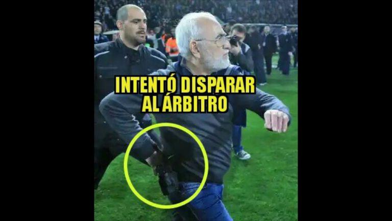 Presidente de PAOK ingresó al campo con pistola