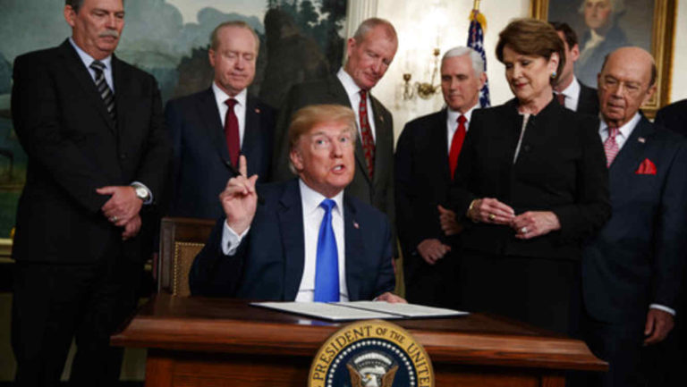 Trump vetaría los presupuestos federales