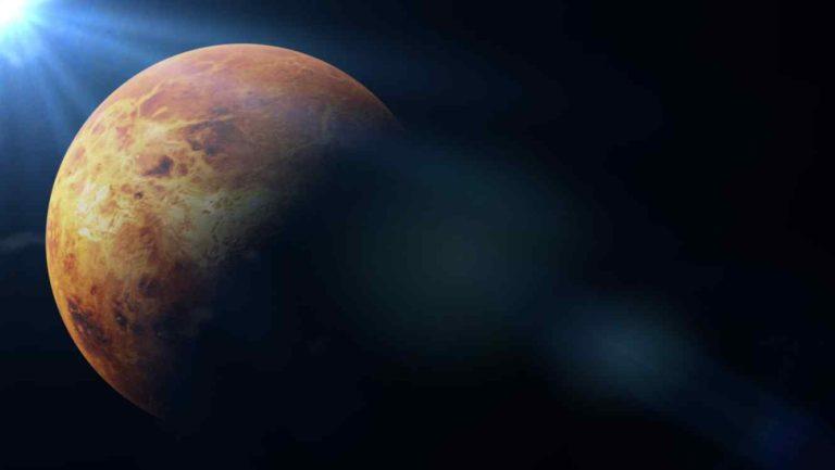 El planeta que arde pero que podría albergar la vida