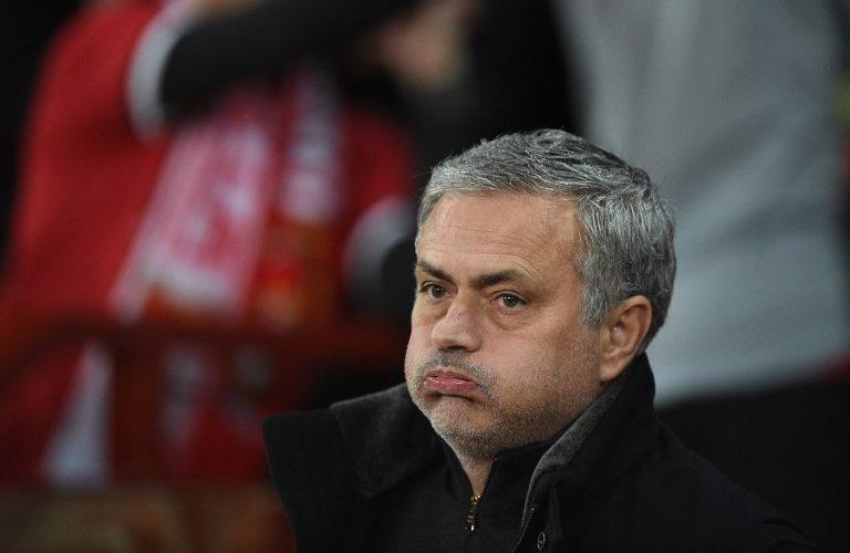 Mourinho despedido del Manchester United