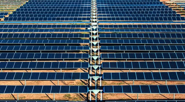 Casas en CA deberán ser con panel solar