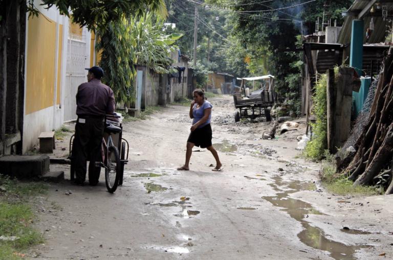 Centroamericanos piden más refugio
