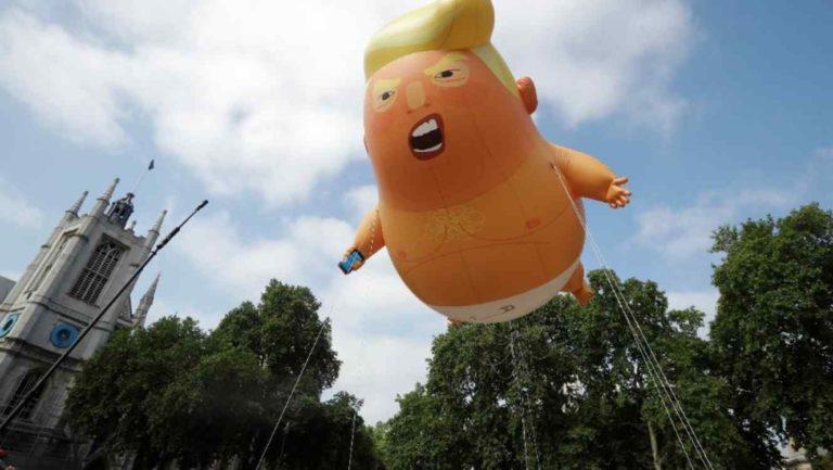 Ridiculizan a Trump en su visita a Londres