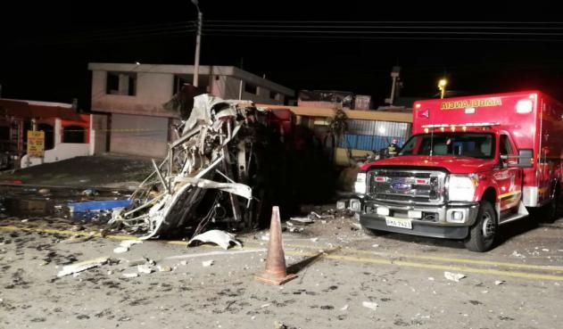Nuevo accidente en Ecuador deja 23 muertos