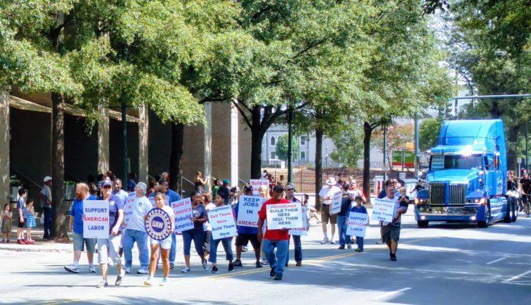 Desfile por el Día del Trabajo en Charlotte