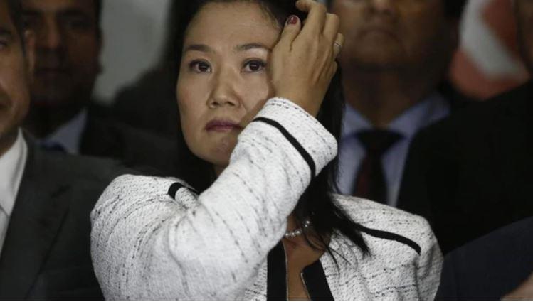 Detenidos asesores clave de Keiko Fujimori en Perú
