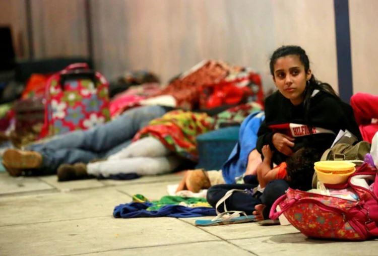 Venezolanos ingresan a Perú para acogerse al permiso especial