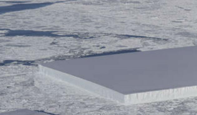 NASA descubre un iceberg rectangular en la Antártida