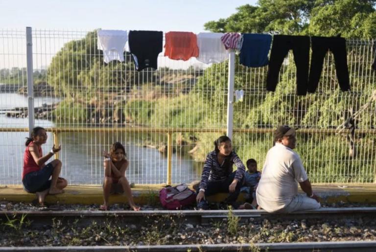 Migrantes cruzan México sin solicitar asilo