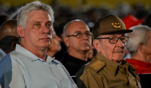 Raúl Castro denuncia hostilidad de EE.UU. hacia Cuba