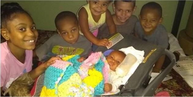 Por salvar a sus hijos de ser atropellados muere mujer embarazada