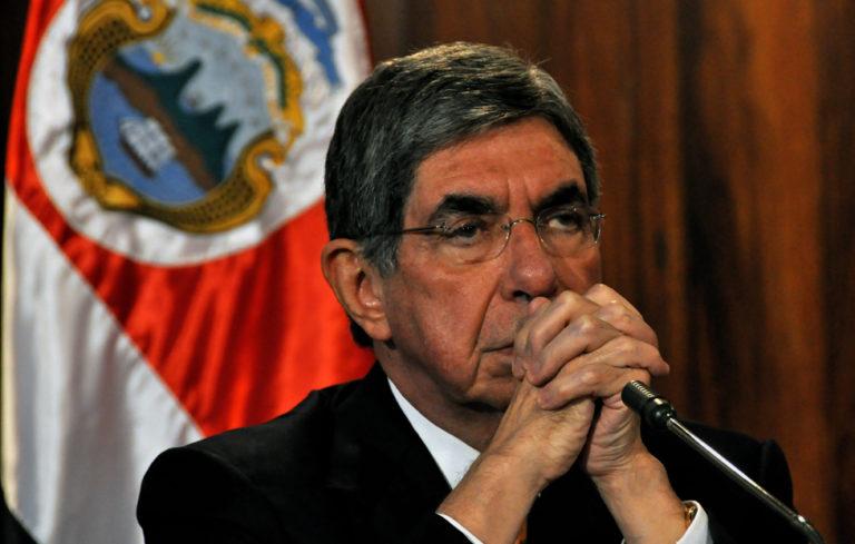 Interponen segunda denuncia contra Óscar Arias por presunto abuso sexual