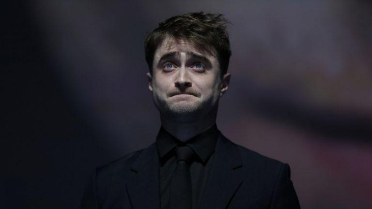 Daniel Radcliffe culpa a Harry Potter de su adicción por el alcohol