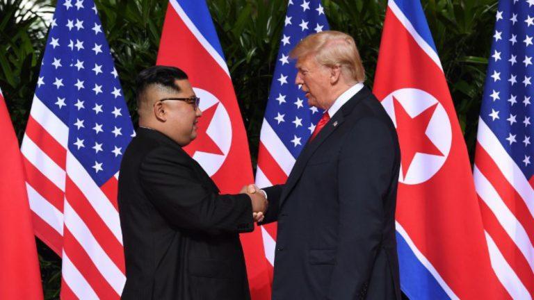 Piden a Trump no ocultar información sobre Corea del Norte
