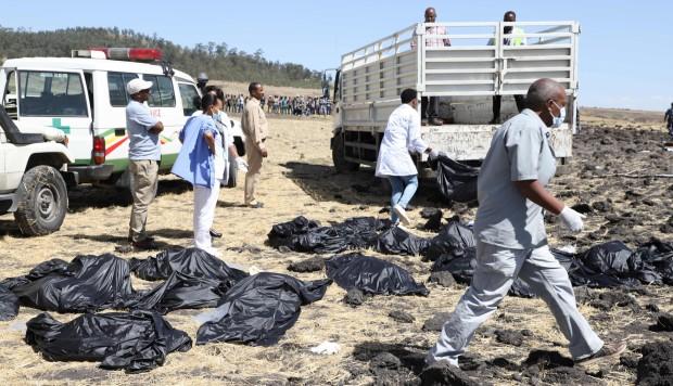 Mueren 157 personas en accidente aéreo
