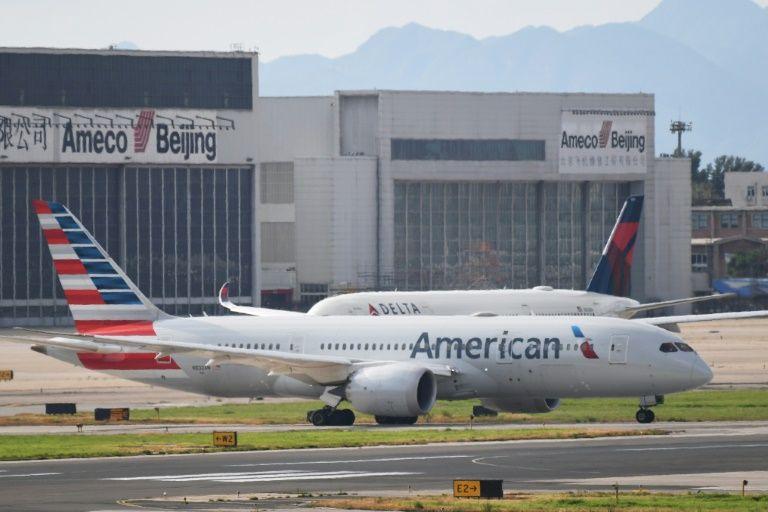 Image result for retraso vuelo american