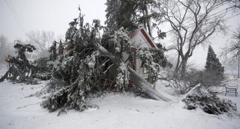 Implacable ciclón deja un fallecido en Colorado