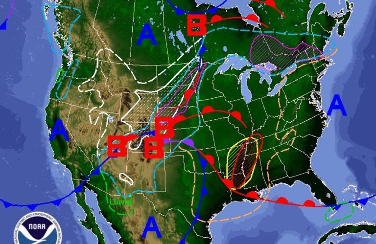 Ciclón pone en riesgo a EEUU