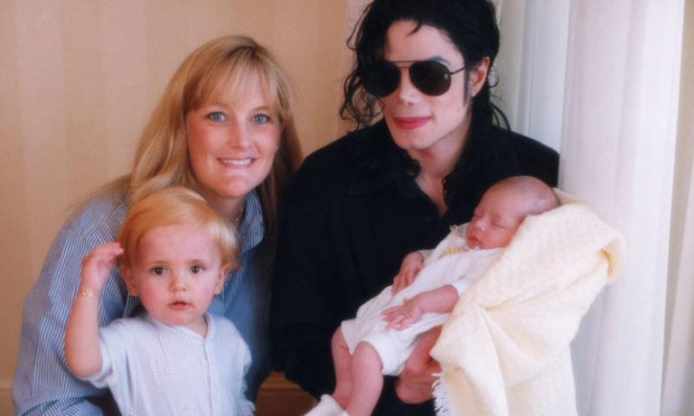 Hijos de Michael Jackson son de un donante de esperma