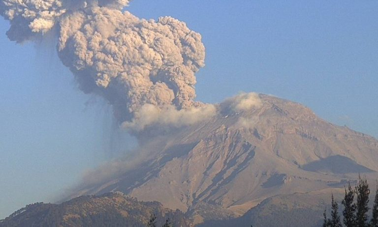 México alerta ante posible erupción del Popocatépelt