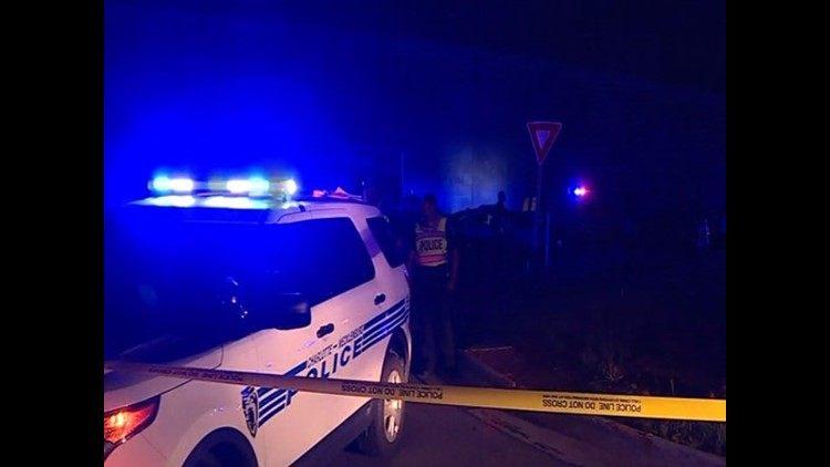 Hispano de 64 años fue apuñalado en Steele Creek