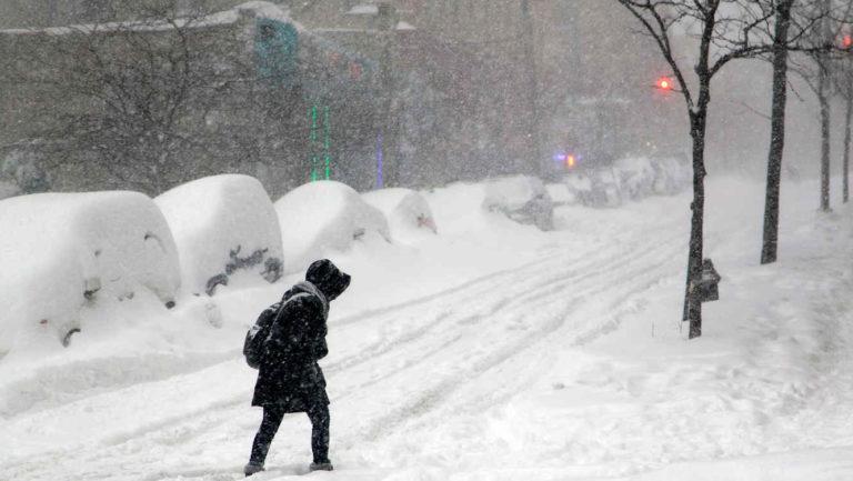 ¡Primavera a medias! Tormenta de nieve se avecina en EEUU