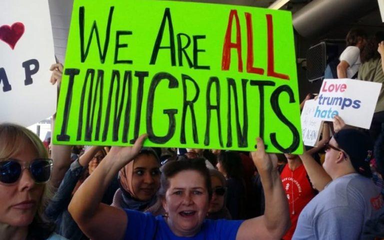 Inmigrantes marchan en EEUU para pedir respeto y mejoras laborales