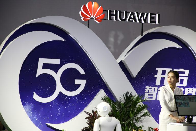 China impulsa a Huawei con licencias 5G