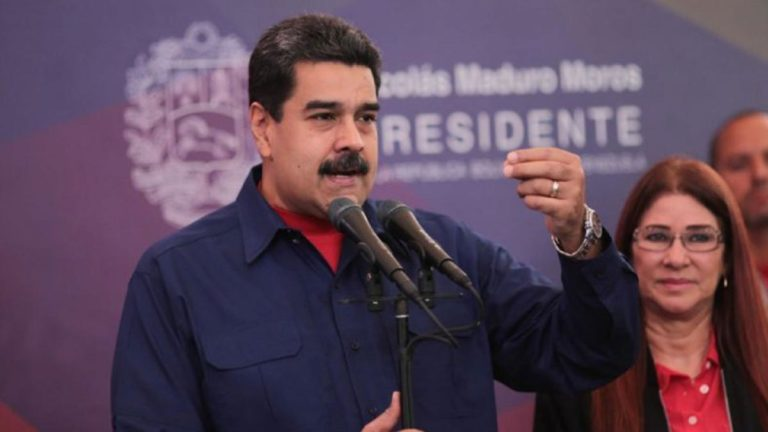 Dictadura de Maduro deja libres a tres presos políticos