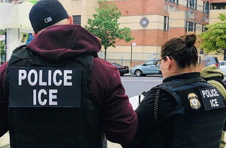Jueza de Boston prohíbe arrestos de ICE en tribunales