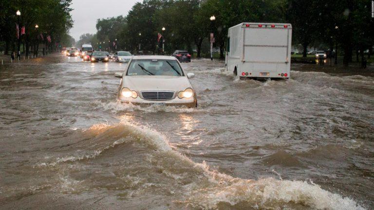 Washington: Lluvias causan inundaciones hasta en la Casa Blanca