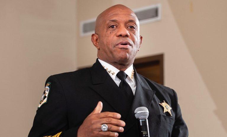 """Homicidios en Charlotte representan """"crisis de salud"""""""