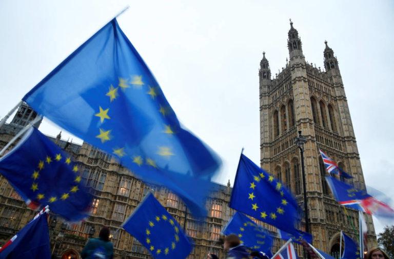 Gran Bretaña se opone a suspensión del parlamento