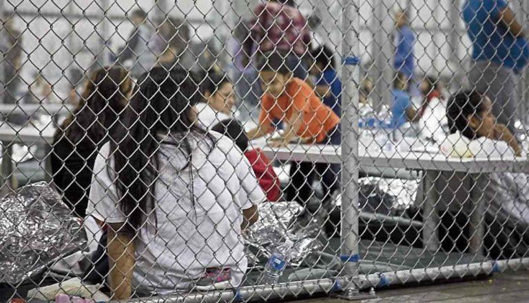 Corte obliga a dar jabón a niños migrantes detenidos