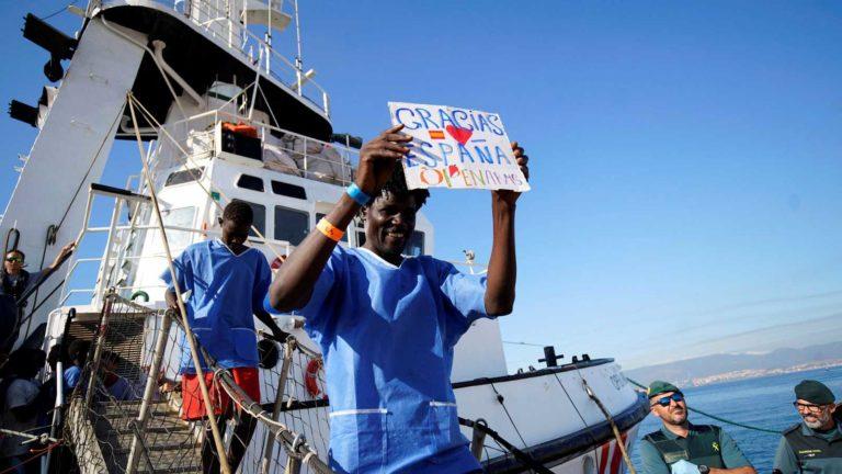 España acogerá a 15 migrantes del Open Arms