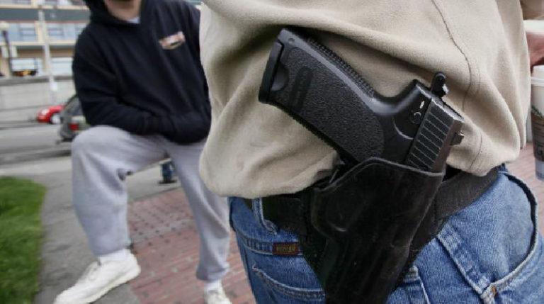 Texas permitirá pistolas en iglesias y espacios escolares