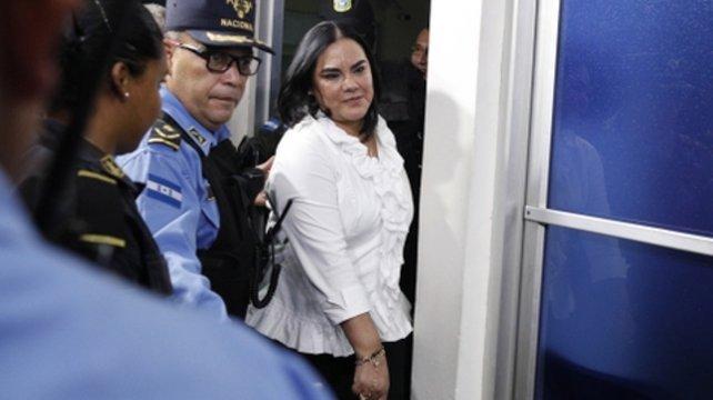 Honduras: Piden 77 años de cárcel para ex primera dama
