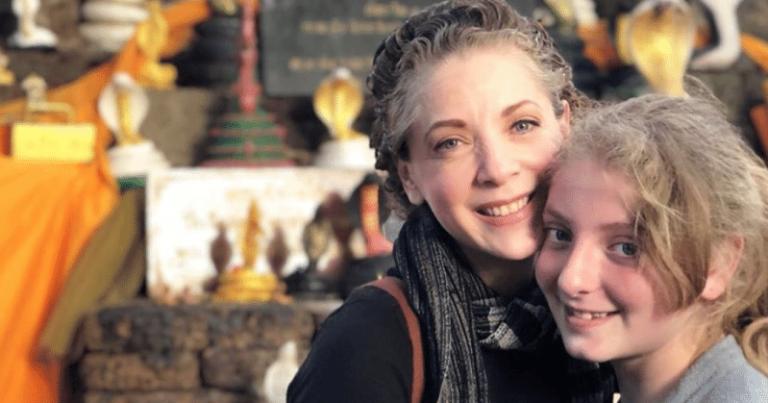 Sobreponiéndose al dolor: Hija de Edith González cumple 15 años