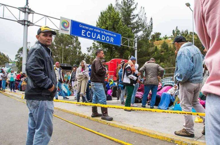 "Ecuador otorgará ""permiso de tránsito"" a venezolanos"