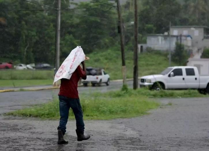 Karen: Apagones, derrumbes e inundaciones en Puerto Rico