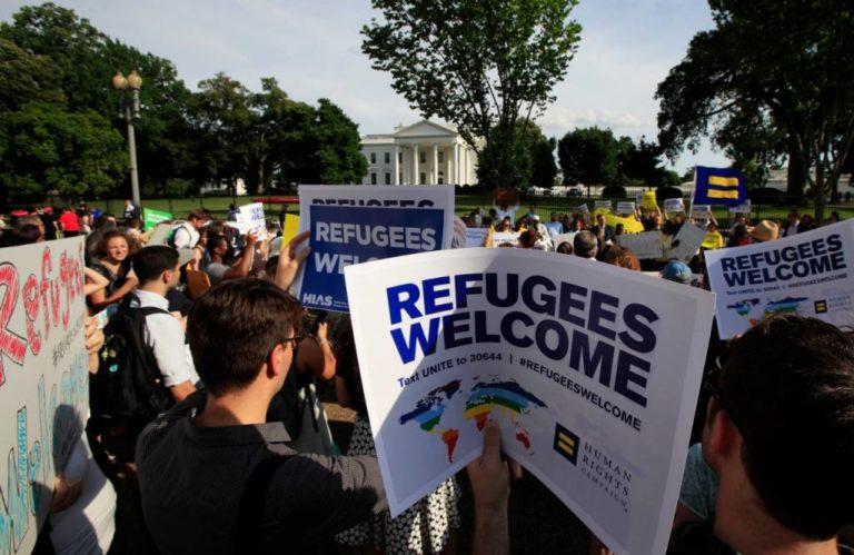 EEUU recortará admisión de refugiados a mínimo histórico